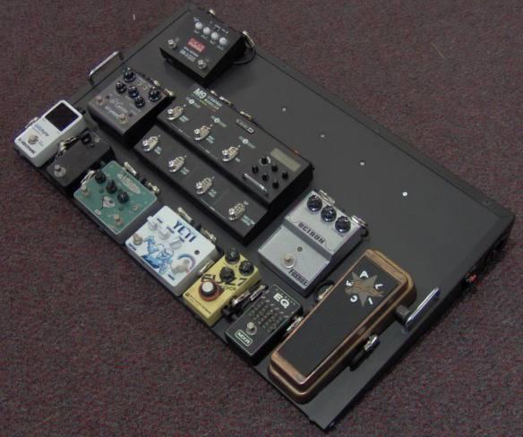 brain-ray-pedalboard-gear-paul-maccartney.jpg