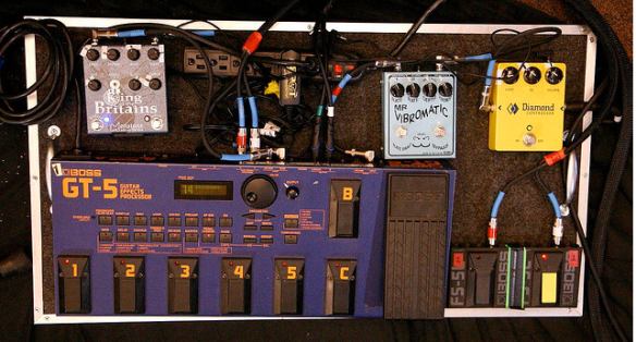 Johnny Marr 2007 Pedalboard